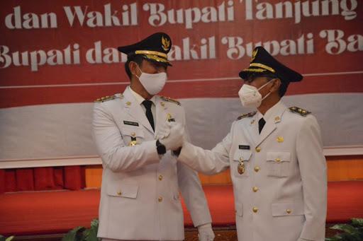 Fadhil dan wakilnya Bakhtiar resmi dilantik sebagai kepala daerah di Batanghari/Net